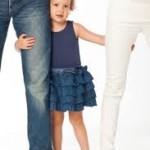 kindje tussen ouders in